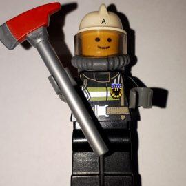 Zuhause bleiben und LEGO bauen